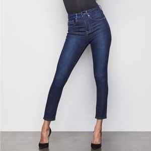 Good American Jeans - Good American Good Legs Cropped high rise jeans